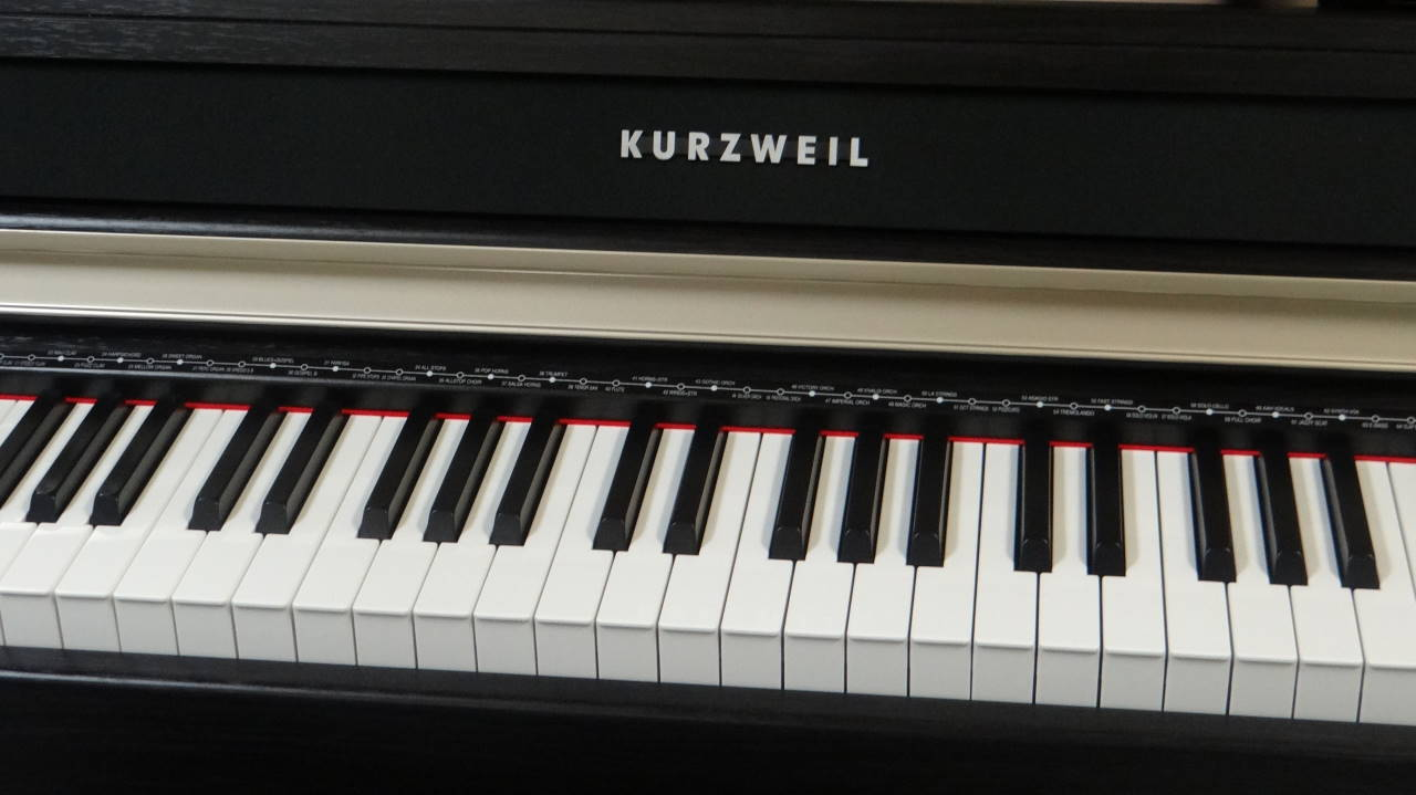 """18001-<br><font color=""""black""""><b>KURZWEIL MP10F</b></font> Digital Piano w/Weighted Graded Hammer Action"""