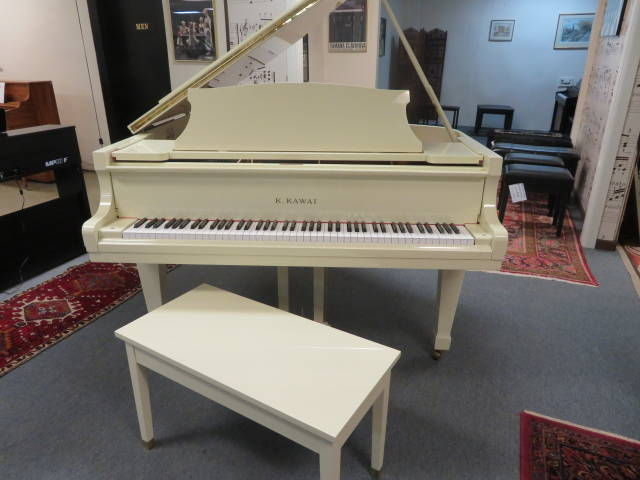 """14002-<br><font color=black><b>KAWAI</b></font> 5'1″ Grand Piano Stunning Polished Ivory Excellent!<br><font color=blue><b>Click Picture for """"Live Video""""</b></font>"""