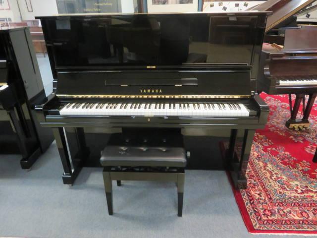 "15929<br><font color=""black""><b>YAMAHA</b></font> 52″ Model U3 Professional Upright Gorgeous, Rich Piano Tone!"