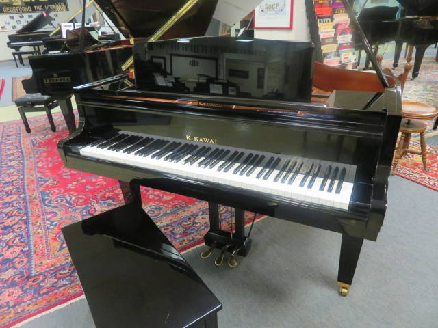 12905-<br><font color=black><b>KAWAI</b></font> 5'1″ Grand Piano Beautiful Tone ! Made in Japan Excellent !