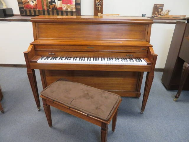 "15753<br><font color=""black""><b>BALDWIN</b></font> 45″ Professional Upright Made in the U.S.A. <br><font color=""blue""><b>Click Picture for ""Live Video""</b></font>"