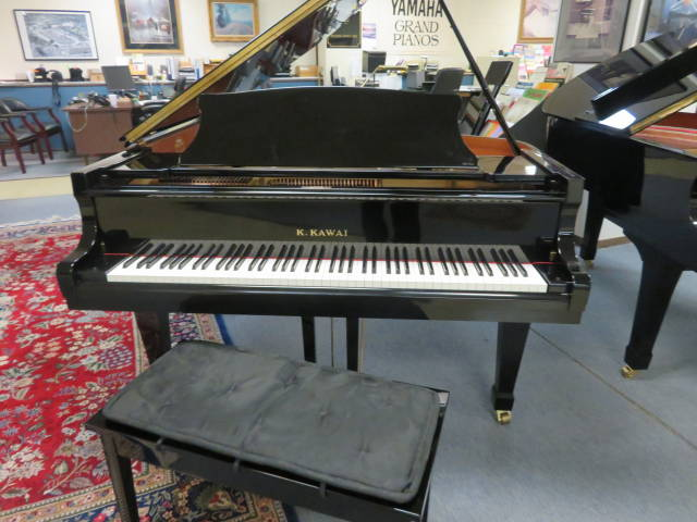 "12462-<br><font color=black><b>KAWAI</b></font> RX-2  5'11"" Grand Immaculate ! BUILT IN JAPAN!  <br><font color=blue><b>Click Picture for ""Live Video""</b></font>"