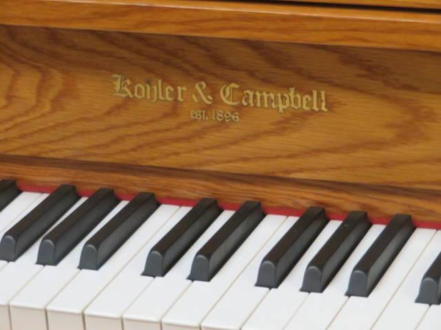 """15434-<br><font color=""""black""""><b>Kohler & Campbell</b></font> 44″ Upright Beautiful Queen Anne Oak"""